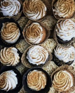 Cup cakes frosted